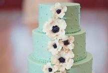 Wedding Cakes / by Jenna-Ley Jamison