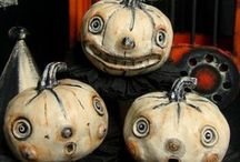 Halloween DIY Reveries / Halloween DIY, crafts and recipes. Halloween party ideas, Halloween decorating ideas, Halloween crafts - it's all fun and easy. BOO!