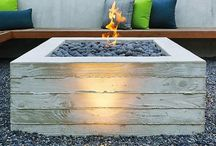 Fire pit/ Fire place / by Phoebe Loconsolo