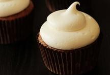 to bake - fall recipes / by Heidi Jen
