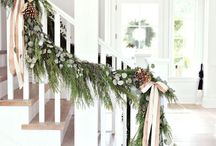 Farmhouse Christmas Inspiration / Simple Farmhouse Christmas inspiration; greenery, candles, cozy knits, bright white, vintage pieces, grain sack and natural elements, with a focus on simplicity and a minimalist style.