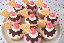 Cake & cupcake recipes & designs / by Misty Gardner