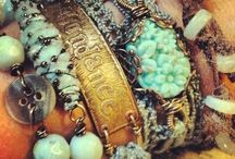 Baubles & Bits / Who doesn't love the pretties!!! YUM!!!!