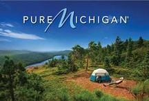 Up North Living / Looking to live 'Like a Local'? Be sure to check out these pieces of Northern Michigan to enjoy Up North living to its fullest. Boating, skiing, kayaking, hiking, horse back riding, zip lining, mushroom hunting, snowmobiling, golfing, fishing, shopping, dining, learning... we have it all!