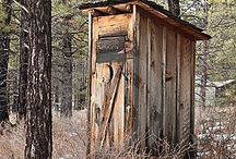 Rustic Outhouse / by Misty Gardner