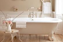 ❤ Beautiful Bathrooms / Bathrooms I love. Bathroom ideas. Bathroom inspiration.