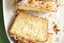 Baking: Cakes / by Paula Pereira
