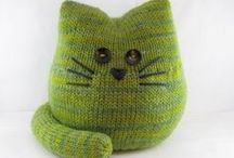 Knitting & Crochet / Some simple knitting and crochet patterns and how-tos