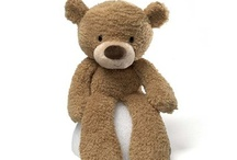 Beary CUTE!!! / Awwwww / by GUND