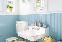 Bright bathrooms / Cheery bathroom inspiration
