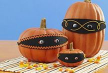 Holidays   Halloween & Trunk or Treat / Decorations, activities, favors and food inspiration for Halloween!