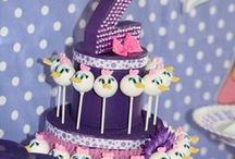 Party Themes   Daisy Duck / Decorations, activities, favors and food inspiration for Disney's Daisy Duck parties!