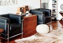 Sessel / Designer Loungesessel oder Lederhocker aus echtem Büffelleder von www.livior.de
