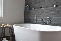 Salle de bain / by Julie Lalinne