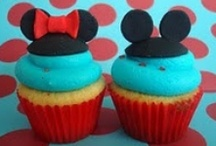 {Mickey Mouse} Party  / Mickey and Minnie Mouse Disney Party ideas and inspiration on www.partyfrosting.com / by Party Frosting