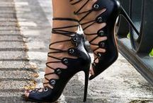 extraordinary shoes / by ✄...Philippe...✄
