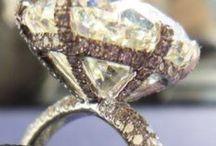 Jewels / by Anna Pietila