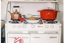 la cuisine / by Christine Lucaciu