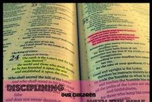 Bible Activities for Little Ones / Lessons about the Bible for Toddlers & Preschoolers