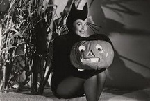 Halloween / by Caitie Bendall