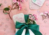 Paper DIY + Crafts / Crafting with paper. DIY, designs, tutorials, inspiration, ideas, tips, and more.