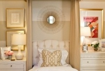 Guest Bedrooms / by Keely Thorne