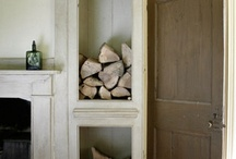 Features - Fireplaces (Styling) / by Pin Roof