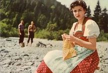 Vintage Knitters! / Knitters throughout the years!