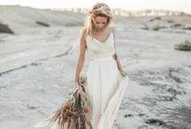 Romantic Bohemian  |  Wedding Inspiration / Digibuddha  |  Invitation + Paper Co.  |  digibuddha.com