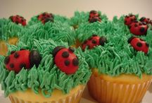 Cupcakes / by Melinda Sheldon