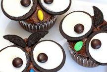 1st Birthday Party Ideas / 1st birthday party, cake smash, healthy cake smash recipes, woodland party, woodland crafts, 1st birthday chalkboard, 1st birthday crafts