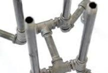 Piping / Making of furnishing made of gas pipes.