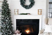 winter bloggerland tour. / Amazing Christmas Home Tours from your favorite designers!