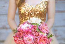 Pretty Colorful Wedding Inspiration / So much amazing inspiration for weddings : pink + gold ideas, pink + grey ideas, navy blue, purple + feathers