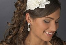 Bridal Hair Accessories / From hair combs to fascinators - come see all the gorgeous bridal hair accessories adorned with feathers, beads, rhinestones and crystals. / by Brenda's Wedding Blog | Blogger of Elegant Weddings / Business + Social Media Marketing for Wedding Industry