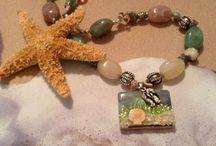 WWW.CharmingAntiquity.etsy.com / Beaded handmade jewelry