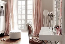 GIRLY SPACES / by lindsey marie