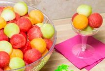 Snack, Popsicle & Candy Recipes / Easy snack recipes to appease your hunger. Can you say noms!