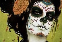 Halloween Costumes / by Elizabeth Haynes