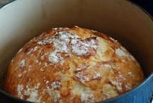 Breads / Mmmmmm, carbs. My fave  / by Liz McAfee