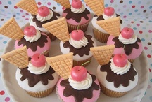 Cupcakes / by Shannon Linke