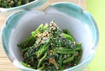 food: salads / by Jenna Stoller