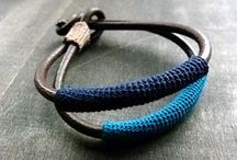 Crochet & mixed media bracelets / Tutorials and inspiration for bracelets