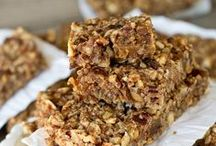 Paleo Snacks / Healthy paleo snacks to curb those mid-day cravings.