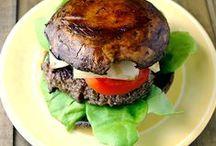 Paleo Burgers / The best paleo burgers...