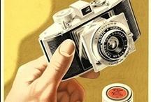 Publicités photographiques / Kodak, Agfa, Leica, Hasselblad, Canon, Lomo, florilège des pubs des industriels de la photographie.