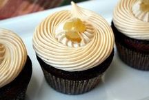 Creative Cupcakes / by Peanut Butter and Julie
