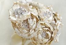 wedding bouquet & flowers