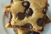Cookies Brownies Bars / by Gemma Goeas