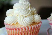 Cake Glorious Cake / by Gemma Goeas
